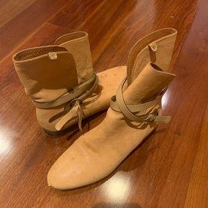 Chloe booties size 37 / 6.5